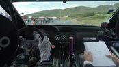 汽车拉力赛车内第一视角,车手和领航员难得的清晰,可以近距离感受下wrc的魅力