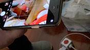 iphone 11pro max拍照,在按下快门的时候,快门会提前释放,拍下你想要的决定性瞬间的前0.1秒的画面。就是在你按下快门之前,照片已经拍好了。