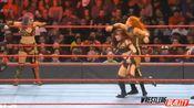 12月10日 RAW 女汉子贝基 林琪与歌舞伎组合上演一对二强弱不等赛