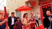 广西玉林兴业县农村婚礼习俗,敲锣打鼓吹唢呐,很传统的婚礼习俗