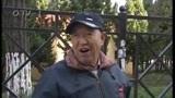 [今日-青岛]今日·微新闻:浦口路人行道长椅连成排 400多米竟有50个