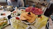 新疆18线小县城吃清真火锅,做为一个四川人感觉这是最爽的火锅店