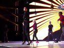视频: 【泛西现场】美女Cheryl Cole&Will. l. Am献唱热单3 Words