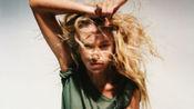 Stella Maxwell及众多超模出镜杂志CR FashionBook推出的2020年日历,狂野女孩麦克斯韦!