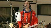 Paul Gilbert---《Every Hot Girl Is A Rock Star》太空舱版2005电吉他演奏