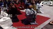 刘备在属下劝说下,半推半就自封汉中王,曹操大怒,织席之辈放肆