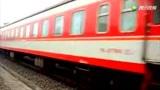 京广铁路驻马店站 广州至郑州T256与和SS7牵引K15会车