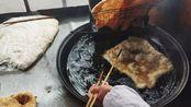 河北唐山街头20年的早点摊,4元一碗朝鲜面,估计很多人都没吃过