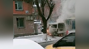 长春市朝阳区集安路一辆中型面包车起火