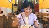 胖乐 vlog:郑州最火的螺蛳粉,连锁加盟总共30余家,这就是最正宗的螺蛳粉?