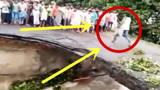 村民齐聚桥头,下秒果真出了大事,路人拍下瘆人全程!