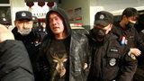 抓捕现场!河北省行唐县发生一起命案 嫌犯逃亡数日后在麦田被捕