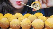 【玲玲小姐姐】助眠吃炸芝士球糕酥脆吃音| LINH-助眠(2019年12月25日20时15分)