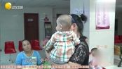 好勇敢新疆宝宝体检抽血,大人看着都害怕,宝宝却坚持下来了
