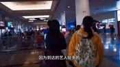 小姐姐去机场接演员洪浚嘉,偶1遇邓超与孙俪,人好多