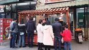 3月3:成都餐饮店第三天营业,顾客排队买,餐饮人看到了希望!