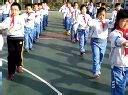 视频: 天津市实验小学二年八班课间操