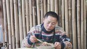 四川盐菜蒸烧白炒回锅肉炒臊子,四娃还把它拿来煮滑肉,咸香美味