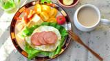 国外土豪来我国品尝美食,早餐点了一杯豆浆,付款时懵了