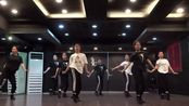【Dance monkey】世界都在为这首魔性的歌曲起舞