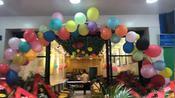 9月23日半宙森萨兰尼汉堡连锁店隆重开业
