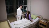 罗平给病人添加了药物,病人不知道为什么,应该是过敏了