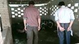 农村杀猪过节,1分56秒时猪逃跑,师傅在吵架,大家却忍不住偷笑