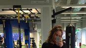 【LadiesFitness】让燃烧一些脂肪增加肌肉,腹肌锻炼和腿部常规锻炼