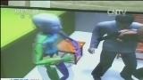 [视频]广西贵港民警枪杀孕妇案始末:二审围绕三个争议焦点举证质证