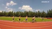波兰800米运动员马辛·勒万多夫斯基和亚当·克斯左特的速度训练