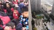 四川绵阳4.6级地震:中学5分钟疏散700名学生