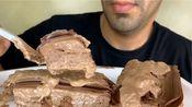 剪说话 Moe  陪吃早餐|中东的食物看起来好特别…这个巧克力蛋糕~吃播咀嚼音食音甜点