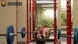 健身房的失手瞬间,外国人少是有原因的