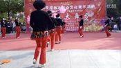 喜庆(花棍舞)淮南市老龄艺术协会走进谢三村社区文艺演出。—在线播放—优酷网,视频高清在线观看