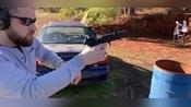 伯莱塔92FS手枪,发射.22lr口径弹药,声音小的可以忽略不计