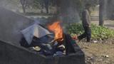 为什么农村人去世之后,亲人都要烧掉他们的衣服?看完背后一凉!