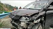 [新闻直播间]湖北宜昌 聊天错过高速出口 猛变道酿事故