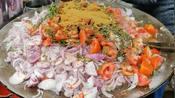 印度街头,特色馅料的制作,吃烙饼的时候需要用到
