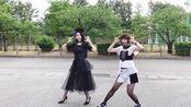 """来看BAND-MAID的成员们(saiki与AKANE)跳SILENT SIREN的""""恋のエスパー""""吧!"""
