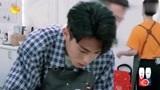 中餐厅:林大厨拿菜刀迎接棣棣,接手后厨杂活,仝卓都没事做了!