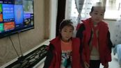 贵州省安顺市第七小学,全体学生武汉加油。你的身后是全国人民