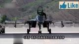 空中惊魂10分57秒!歼15空中撞鸟起火,飞行员与塔台通话曝光