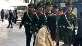 天安门前巡逻的武警战士,身姿挺拔正气凌然,太帅了!