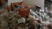 年轻女租客租约期满突然失联:房内垃圾成山 还有死猫