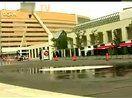 (http://www.fansworld.com.cn/Class2.html)【搞笑】这喷泉喷的太是时候了