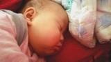 九个月宝宝有多能睡,吃完早饭睡一上午,看看睡得真香!