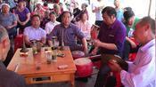湖北襄阳保康县,民间精彩的唢呐锣鼓演奏,双喇叭合奏吹得很不错
