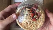 【开箱】诶!不对啊!我买了一条红奶蛇怎么给我寄来一条死侍是什么意思?het hypo洪都拉斯奶蛇