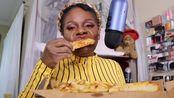 【百变阿姨】施洛特夫斯基奶酪披萨吃的声音(2019年11月12日3时47分)