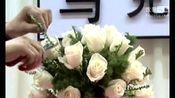 如何学插花:长条桌花艺制作视频_成都仿真桌花制作视频